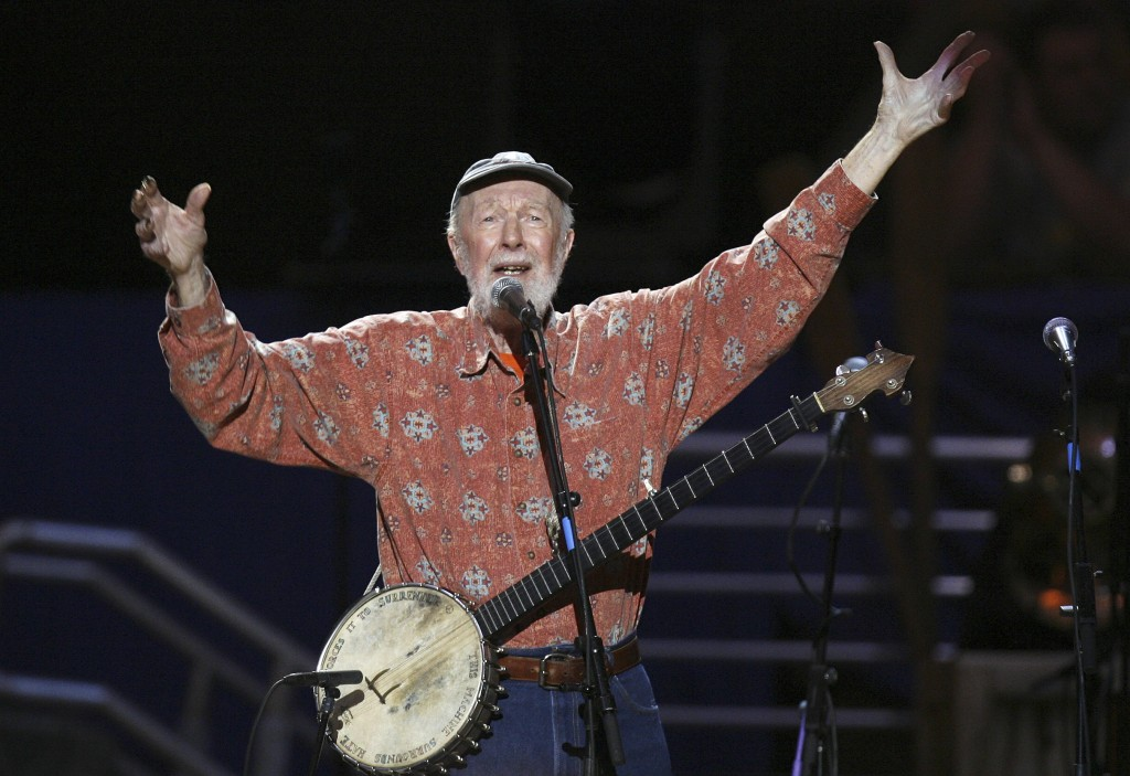 MUSICIAN PETE SEEGER SINGS AMAZING GRACE DURING A CONCERT CELEBRATING HIS 90TH BIRTHDAY IN NEW YORK