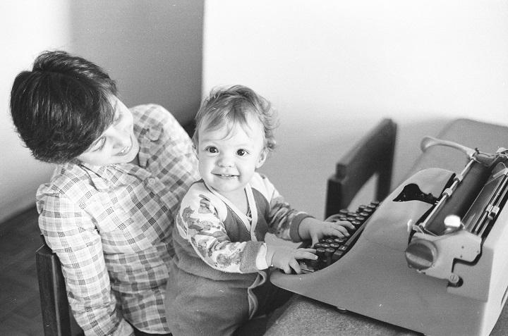 1976-07 - O dia do 1º aniversário - 00380013 - cópia A